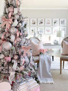 Are you ready for Christmas inspiration? Take a look at our fabulous Christmas tree and Christmas decoration ideas. These fabulous Christmas ideas will immediately attract you. Decor Inspiration, Christmas Inspiration, Decor Ideas, Pink Christmas Tree Decorations, Beautiful Christmas Trees, Online Furniture Stores, Noel Christmas, Christmas Ideas, Xmas