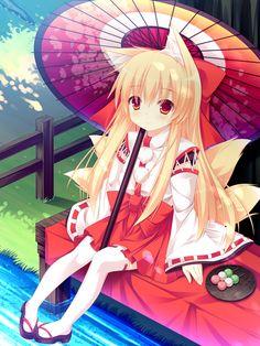 ✮ ANIME ART ✮ miko priestess. . .Shinto priestess uniform. . .kitsune. . .fox girl. . .fox ears. . .fox tail. . .long hair. . .parasol. . .cute. . .moe. . .kawaii