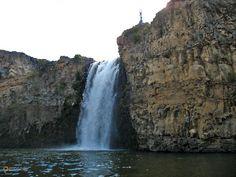Водопад Улаан-Цутгалан – #Монголия #Уверхангай (#MN_055) Улаан-Цутгалан - самый знаменитый водопад Монголии.  ↳ http://ru.esosedi.org/MN/055/1000074583/vodopad_ulaan_tsutgalan/