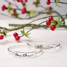 Mom Bracelet - Gift for Mom - Mother's Day Gift - Handwriting Bracelet - Personalized Bracelet - Custom Bracelet for Mom - Mom gift - Mom bangle Mother Daughter Bracelets, Mothers Bracelet, Name Bracelet, Unique Mothers Day Gifts, Mother Day Gifts, Gifts For Mom, Diy Bracelets For Mom, Handwritten Bracelet, Engraved Bracelet