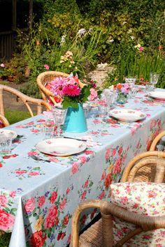 An al fresco lunch in the garden.............