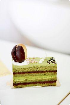 Flor Patisserie by Chef Yamashita by bossacafez Layered Desserts, Sweet Desserts, Sweet Recipes, Opera Cake, Matcha Cake, French Patisserie, Cheesecake Cake, Dessert Decoration, Bakery Cafe