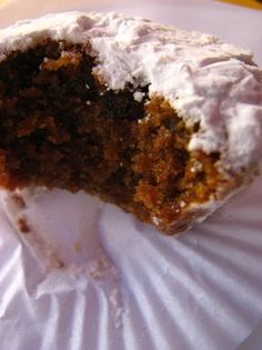 Donas Amélias are small cupcakes. This is the original recipe that was offered to Queen Amélia of Orleans and Bragança by the ladies of A...