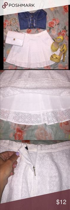 Forever 21 White Eyelet Skirt Size XS Perfect for summer! White eyelet skirt. Worn once on vacation. Size XS 15.5 inches long fully lined. Waist is about 27 inches around. Forever 21 Skirts Mini