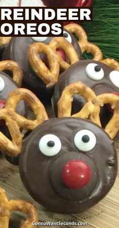 *NEW* Reindeer Oreos, complete with a shiny red nose, is an easy way to cook up a lot of fun without a lot of cooking. They'll make a festive hoofprint in your holiday baking. #Oreos #Reindeer #Christmas #Holidays