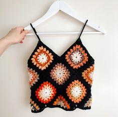 Pull Crochet, Mode Crochet, Crochet Crop Top, Crochet Granny, Crochet Stitches, Knit Crochet, Hippie Crochet, Crochet Shirt, Chrochet