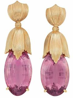 Van Cleef & Arpels Pair of Gold and Pink Tourmaline Pendant Earclips