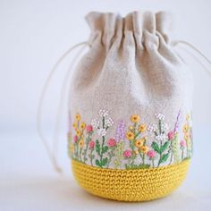 Bag with Embroidery & Crochetembroidery stitches by hand tutorialA beautiful way of mixing embroidery and crochet byFrom Ella's Craft Creations. Embroidery Purse, Hand Embroidery Stitches, Hand Embroidery Designs, Ribbon Embroidery, Embroidery Tattoo, Embroidery Letters, Crochet Handbags, Crochet Purses, Crochet Bags