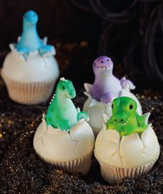 Dino Cupcakes - so adorable!  could also make the egg and have a chick coming out