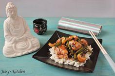 Poulet aux Haricots et Noix de Cajou Sauce d'huitre et basilic thai |     Une ancienne recette mais qui fait toujours son effet à la maison ... Puis les noix de cajou, j