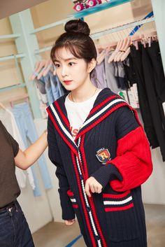 레드벨벳 아이린 로라로라 홍대 플래그십 스토어 오픈 행사 사진 고화질