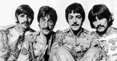 """A música """"Lucy in the sky with Diamonds"""", dos Beatles, foi inspirada em um desenho do primeiro filho de John Lennon. Julian Lennon voltou para casa com um desenho da colega Lucy Vodden, portadora da doença, que segundo o pai teria servido de inspiração para a canção. O lúpus é uma doença autoimune em que os anticorpos de defesa do organismo atacam as células do próprio corpo. Não existe explicação para a causa da doença, mas é possível controlá-la"""