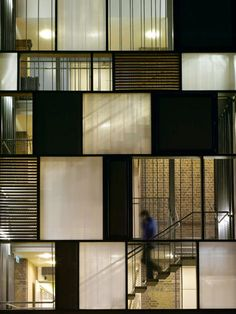 (Interesting façade not particularly sure it is applicable) Sarah Wigglesworth Architects - Siobhan Davies Dance Centre Building Skin, Building Facade, Building Design, Facade Architecture, Amazing Architecture, Contemporary Architecture, Master Thesis, Facade Design, Windows And Doors