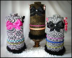 supercute diy headband holders. these babies are $35 a piece but you can diy with an oatmeal container and fabric. this will be done! http://waytutucute.com/images/thumbnails/Boutique20trio20HD20front.jpg