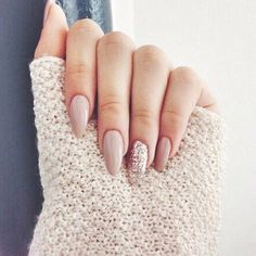 A manicure is a cosmetic elegance therapy for the finger nails and hands. A manicure could deal with just the hands, just the nails, or Love Nails, How To Do Nails, Pretty Nails, My Nails, Matte Nails, Blush Nails, Gorgeous Nails, Gradient Nails, Nail Art Designs