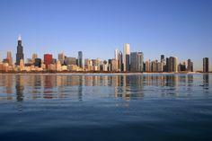 Top 5 Places to Take a Chicago Skyline Selfie Chicago Skyline Pictures, Twin Towers, Chicago Loop, Chicago Chicago, Chicago Neighborhoods, My Kind Of Town, Hollywood, Image Hd, Stars