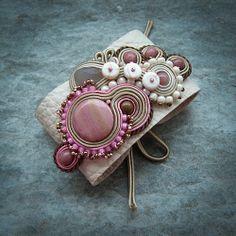 S A A D I A: BRANSOLETY Soutache Bracelet, Soutache Jewelry, Fabric Bracelets, Cuff Bracelets, Shibori, Soutache Tutorial, Cuff Jewelry, Jewelry Crafts, Jewelry Ideas