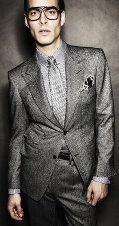 Grey suit, light blue shirt, dark navy skinny tie. Accessories ...