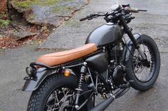 CUSTOM Mutt Special Operations All Mutt's are hand finished and fitted with our Mongrel or Desert custom kits in our workshop in Birmingham, England by renowned custom builder Benny Thomas and his team. Continuing many years of heritage building fine custom bikes Mutt Special Operations offers you the option to bespoke your Mutt to become …