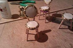 el mundo de las manualidades y la artesanía: Tutorial for chairs and stools using toothpicks and buttons