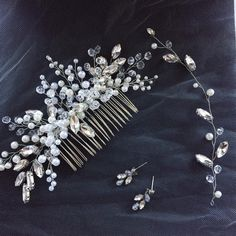 61 отметок «Нравится», 5 комментариев — Юлия Никонова (@nikonovajulia) в Instagram: «Свадебный комплект для невестушки ✨гребень с веточкой и серьги…»