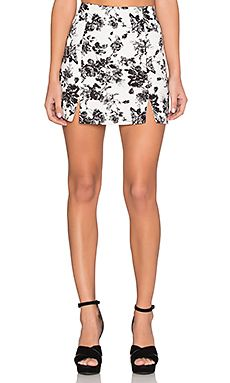 Shop for Lucca Couture Linen A Line Skirt in White Linen Floral at REVOLVE. Free day shipping and returns, 30 day price match guarantee. White Linen Skirt, White Skirts, A Line Skirts, Mini Skirts, Slit Skirt, Lucca, Revolve Clothing, Couture, Floral