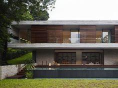 Architects: ONG Pte Ltd Location: Bukit Timah, Singapore Design Team: Diego Molina, Maria Arango, Camilo Pelaez Project Year: 2011 Photographs: Derek Swalwell