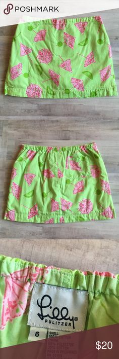 Lilly Pulitzer Singapore Sling Girls Skort  sz 6 Lilly Pulitzer Girls Skort  in size 6.  This is White Label.  The rare pattern is Pistachio Green Singapore Sling, from the Summer 2001 collection.  This skort is in EUC and has the built in shorts underneath. Lilly Pulitzer Bottoms Skirts