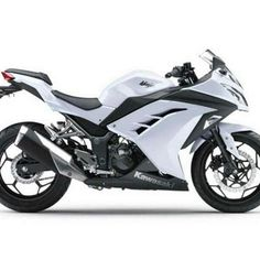 White Kawasaki Ninja awesome still wanna get a bike maybe next year. Ughhh