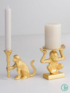 Wir lieben goldene Wohnaccessoires, wie diesen Affen als Kerzenständer und können einfach nicht genug von ihnen bekommen!  Gold wirkt besonders edel und versprüht einen Hauch von Luxus. Candle Holders, Candles, Gold, Home Decor Accessories, Luxury, Simple, Homes, Porta Velas, Candy