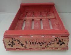 Cajón De Verdura Reciclado Madera Organizador Deco | Feria Central Magic Box, Wooden Crates, Hope Chest, Decoupage, Ideas Para, Recycling, Decorative Boxes, Diy, Furniture