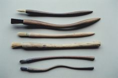 I have come across some very handsome pottery tools over the last few months and thought they are well worth sharing. All hand crafted and art in there own right. I believe using artist tools will … Ceramic Tools, Ceramic Clay, Ceramic Pottery, Brooms And Brushes, Natural Brushes, Pottery Tools, Pottery Techniques, Ceramic Tableware, Making Tools