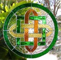 Celtic knots in garden art, stained glass, jewellry etc. I also love Celtic music. <3