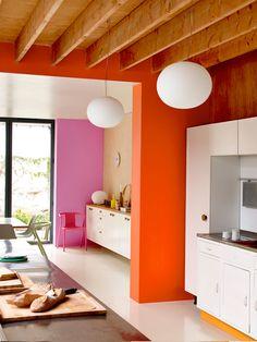 Pintura decorativa en paredes de la cocina