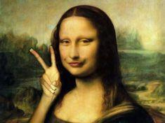 East Urban Home Mona Lisa, by Leonardo Da Vinci Art Print on Canvas Mona Lisa, by Leonardo Da Vinci Art Print on Canvas Magnolia Box Size: Extra Large Mona Lisa Smile, La Madone, Mona Lisa Parody, Online Galerie, Painting Prints, Art Prints, Oil Paintings, Duck Face, Italian Artist