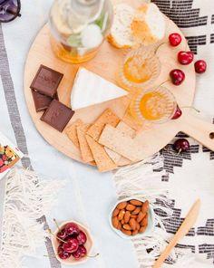 Summer picnic ideas (with recipes) @ghirardellico #ad #ghirardelli