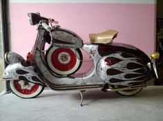 Mod Scooter, Scooter Motorcycle, Piaggio Vespa, Vespa Lambretta, Motor Scooters, Vespa Scooters, Vespa 150, Small Motorcycles, Scooter Design