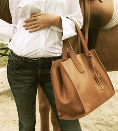 Leather-equestrian-bag-atelier-bits-1412259864
