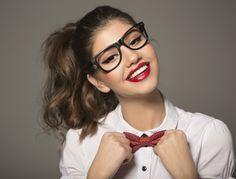 Porti ochelari de vedere  Invata ce transmiti purtandu-i Ochelari, Modă,  Stil 5f7f30ecbb