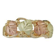Black Hills Gold Jewelry Black Hills Gold - My most favorite jewelry. I Love Jewelry, Silver Jewelry, Jewelry Ideas, Fine Jewelry, Black Hills Gold Jewelry, Black Rings, Diamond Jewelry, Gold Earrings, Fashion Jewelry