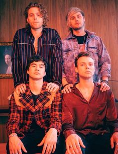 """- Five Seconds Of Summer (known as """"Five Sauce"""" to devotees) Michael Clifford Luke Hemmings Ashton Irwin Calum Hood Luke Hemmings, 5 Seconds Of Summer, 5sos Luke, 1d And 5sos, Luke Luke, Calum Hood, Pop Punk, Collage Des Photos, 5sos Wallpaper"""