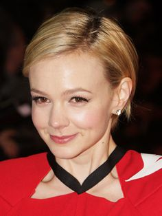 The 25 Cutest Short Hairstyles — and How to Pull Them Off: Carey Mulligan