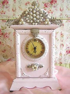 Shabby Chic Clock - a painted clock dressed up with vintage jewelry - via Cute Pink Stuff