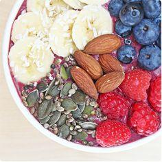 Acai Berry & Baobab Breakfast Recipe - fuel for a positve morning. Created by Ella Woodward. Healthy Vegan Breakfast, Healthy Menu, Healthy Eating, Clean Eating, Breakfast Fruit, Breakfast Bowls, Breakfast Ideas, Organic Recipes, Raw Food Recipes