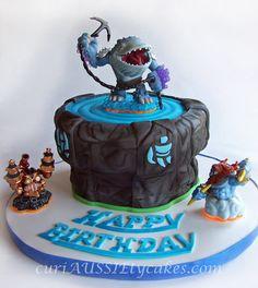 Skylanders cake, love the colors (blue and black)
