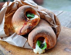 Cannoli di pizza ripieni ricetta finger food | Arte in Cucina