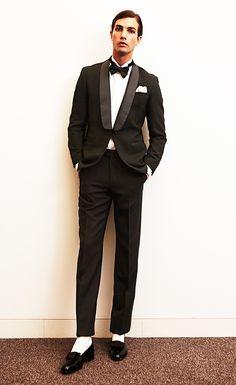 Tuxedo Wedding, Wedding Wear, Wedding Suits, Groom Style, Black Tie, Formal Wear, Daily Fashion, Mens Suits, Dapper