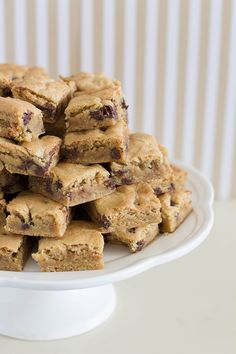 The Best Chocolate Chip Cookie Bar. These will be gone in no time!