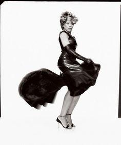 Tina Turner  :  Photographer - Gilles Bensimon