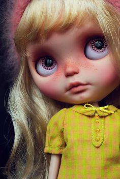 Blythe custom by Hola Gomina